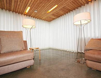 Curtain Design 1